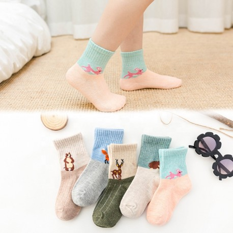 Kids cotton jacquard crew animal cartoon character socks Manufacturer